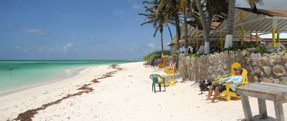 cow-wreck-beach-bar-anegada
